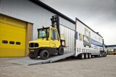Forklift trailer fleet raises the bar