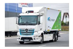 Mercedes eActros enters real-world testing at Rigterink