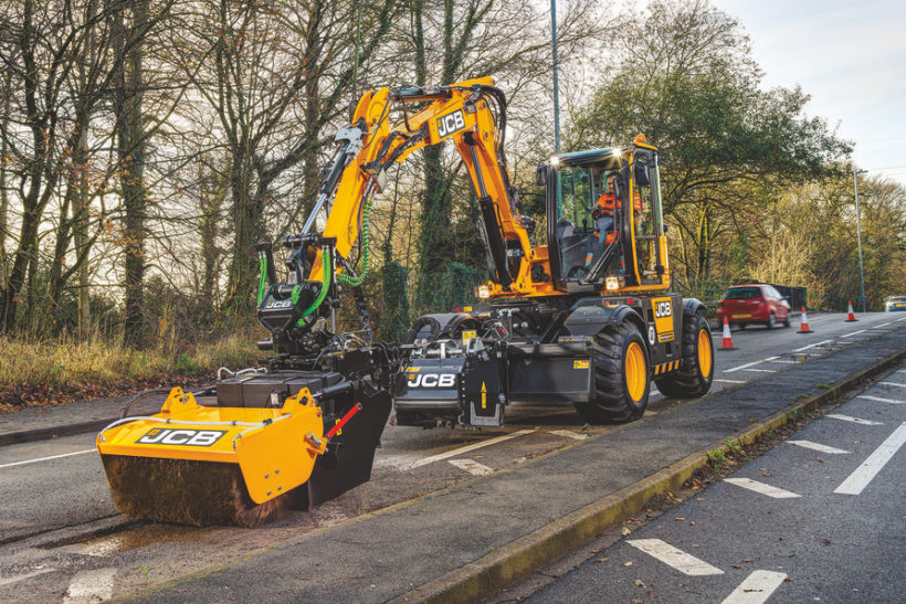 JCB aims to fill a gap in the market with new pothole fixer