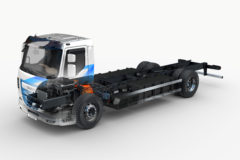 DAF broadens electric truck range with battery powered LF