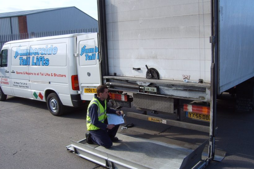 Tail lift safety guidance released by RHA