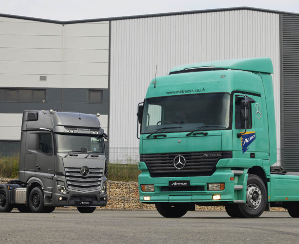 MERCEDES-BENZ MILESTONE: 25 YEARS OF THE ACTROS